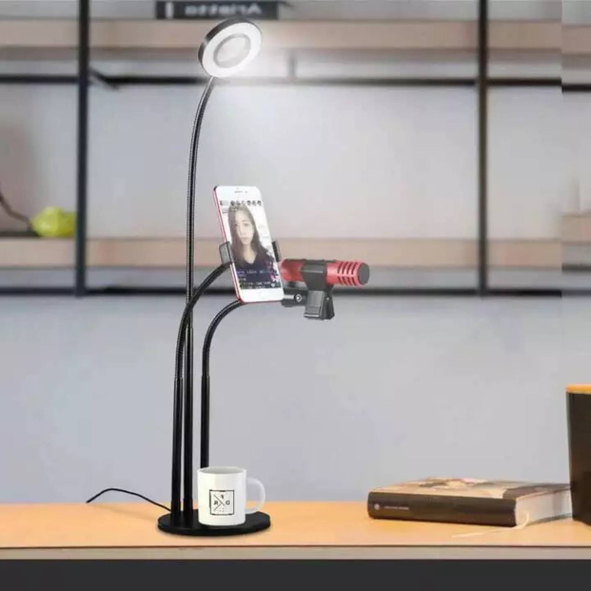 Bộ dụng cụ hỗ trợ Live Stream chuyên nghiệp có đèn